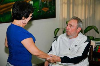 Fidel durante su visita del 7 de julio al CNIC.